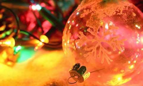Новый год 2017: год петуха, советы - как украсить елку и дом своими руками