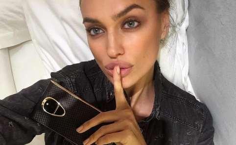 Ирина Шейк: российская топ-модель снялась в откровенной рекламе джинсов