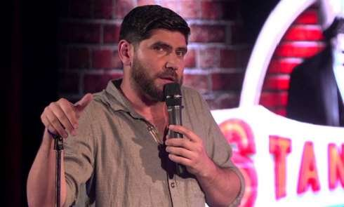 Online dating stand up comedy