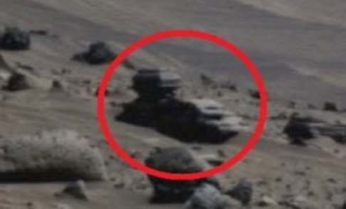 На YouTube появилось видео с Марса, в котором уфологи увидели
