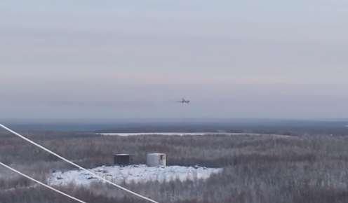 YouTube видео посадки Ту-154 с горящим двигателем, на борту которого находилось более 100 человек