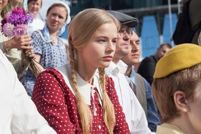 Русские сериалы 2017 - Торгсин 13.04.17: нехватка валютных резервов создала новый вид магазинов